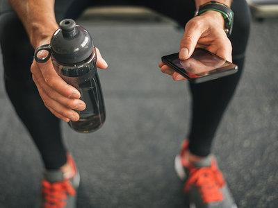 Mi gimnasio es mi salón: así se defienden los gimnasios de YouTube y de las apps de fitness