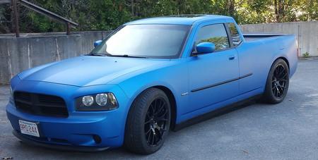 No lo necesitas, pero sabes que lo quieres: Alguien ha creado un Dodge Charger pick-up.