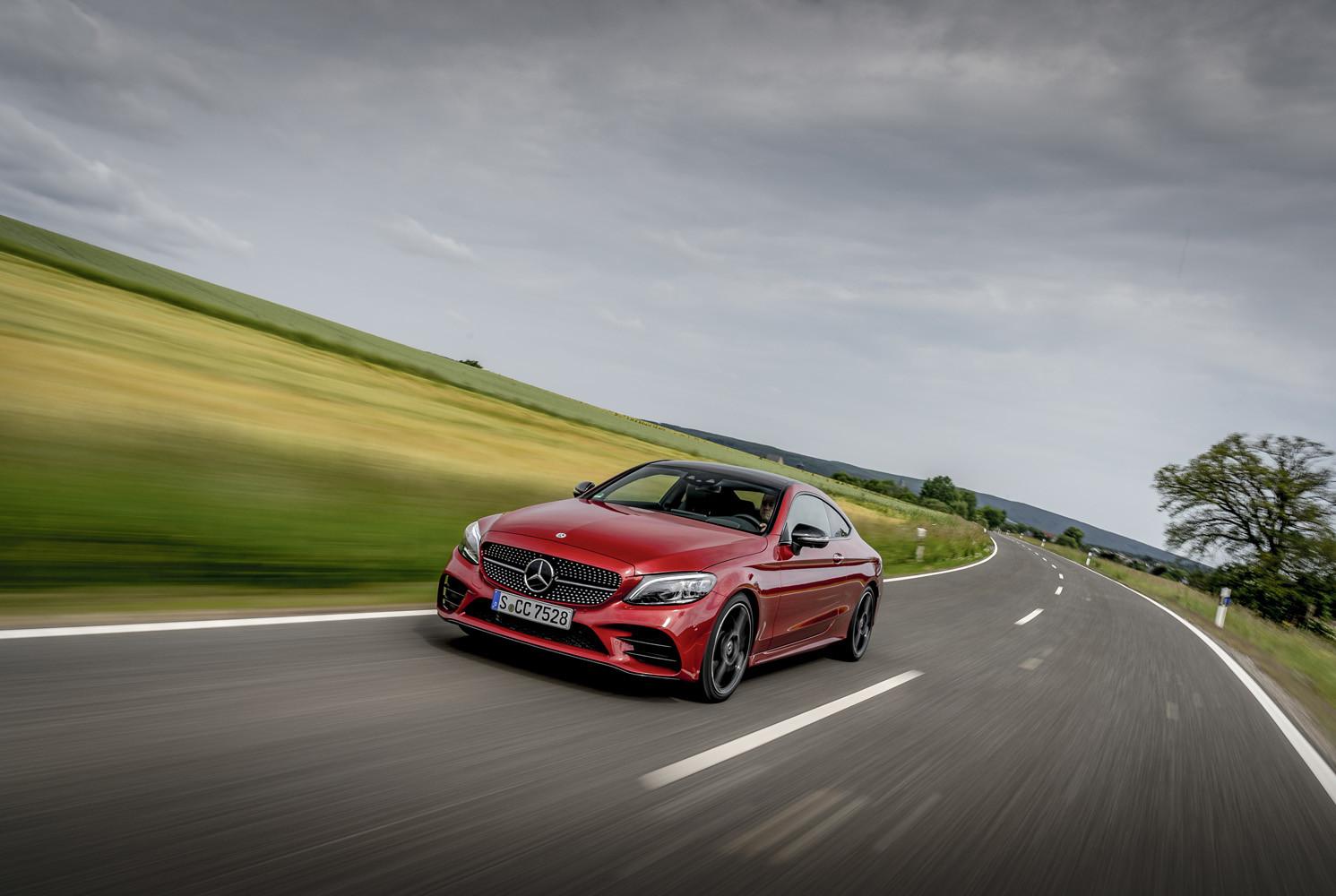 Foto de Mercedes-Benz Clase C 2018, toma de contacto (1/255)