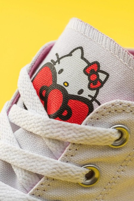 Converse X Hello Kitty 2