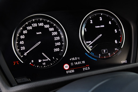 BMW X2 2018 black panel