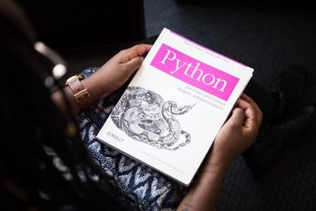 Tras 20 años de desarrollo, finaliza el soporte de Python 2