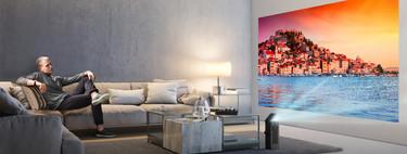 El proyector de LG HU80KA es ligero, transportable y válido para espacios pequeños