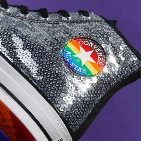 Con orgullo y mucho color, Converse interviene sus icónicos modelos en pro de la comunidad LGBTQIA +