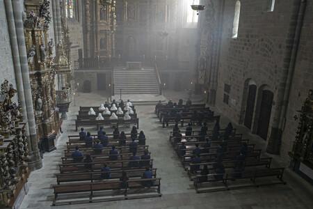 El internado. Monasterio