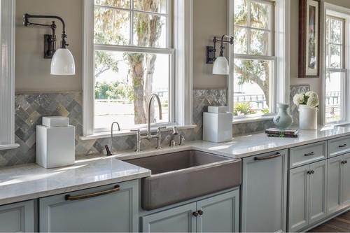 Las cocinas clásicas vuelven a estar de moda, ¿cuál le sienta mejor a tu casa?