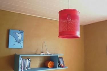 Recicladecoración: una papelera convertida en lámpara