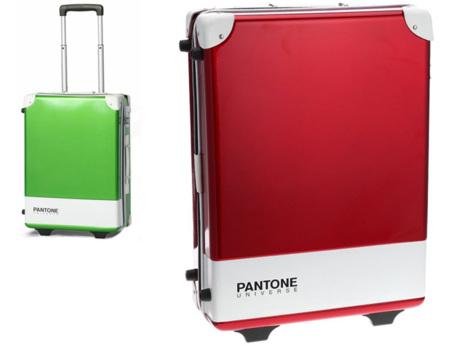 Pantone Universe pone color a una colección de maletas