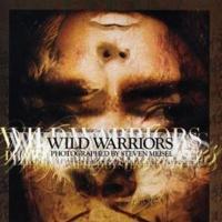 "Coco Rocha y Meghan Collison son ""Wild Warriors"""