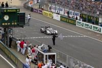 24 horas de Le Mans 2011: Audi consigue que Peugeot pase por el aro