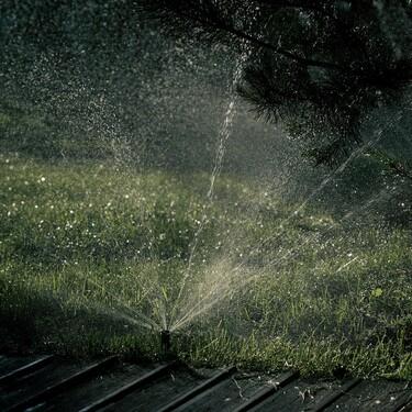 Tu jardín siempre perfecto con estos programadores de riego que encontramos por menos de 40 euros