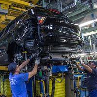 Ford, obligada a parar 22 días la producción de coches en Almussafes debido a la baja demanda del mercado