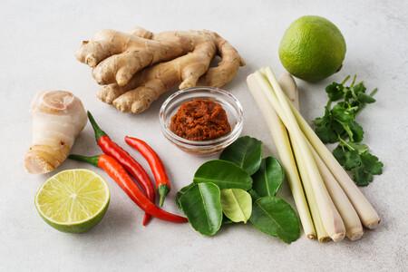 Del jengibre al lemongrass: 26 ingredientes para hacer más asiáticos tus platos (y cómo usarlos en cocina)