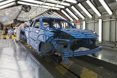 Nissan amenaza con cerrar también su fábrica del Reino Unido si al final hay Brexit duro