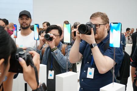 Aparecen las primeras impresiones y unboxings del iPhone X por parte de los usuarios