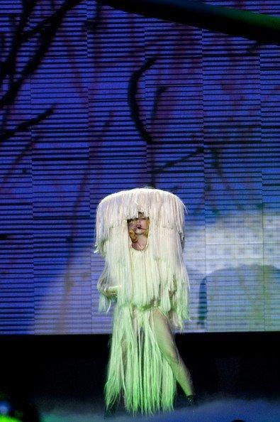 El estilo de Lady GaGa contra el Rihanna: ¿quién es más espectacular en los conciertos? X