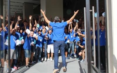 La Apple Store del paseo de Gracia ya es una realidad: imágenes de la inauguración más grande de Apple en España