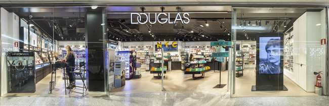Douglas se renueva: esto es lo que más nos ha gustado de sus nuevas marcas de belleza