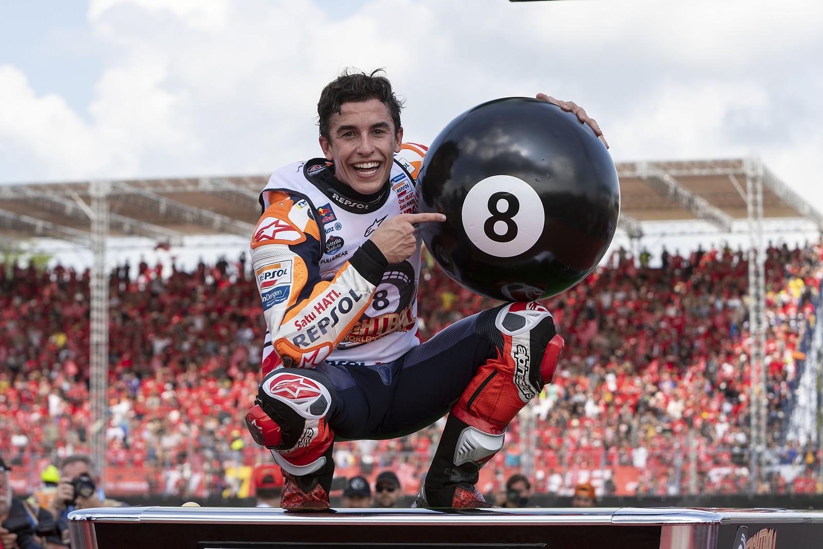 Foto de Marc Márquez campeón MotoGP 2019 (1/31)