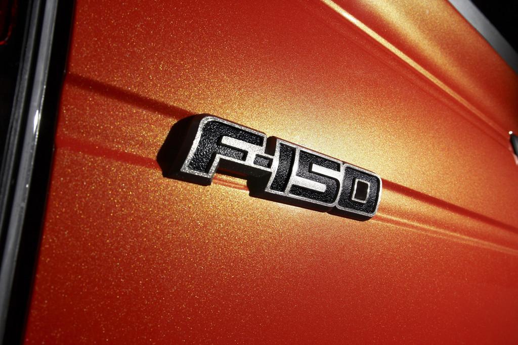 Foto de Ford F-150 SVT Raptor (9/37)