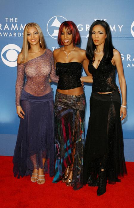 Los Grammy Quieren Tapar Los Pechos Y Los Traseros De