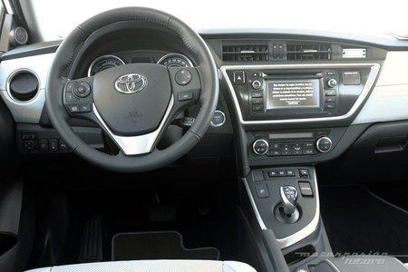 Toyota Auris Hybrid, vista interior