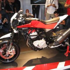 Foto 9 de 12 de la galería husqvarna-nuda-900r-fotos-presentacion-a-la-prensa en Motorpasion Moto