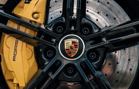 Porsche Taycan Turbo S pinza freno