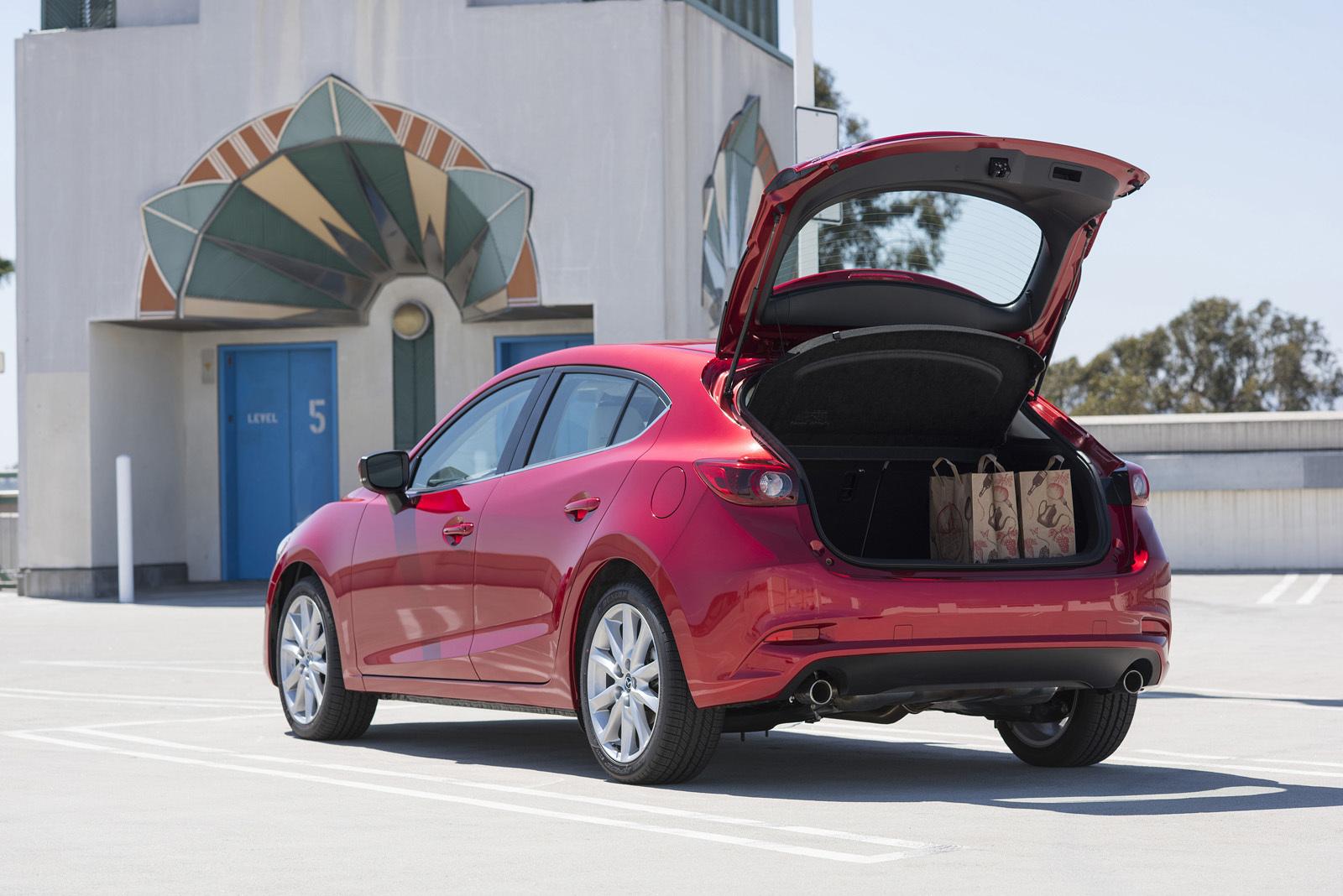 Foto de Mazda3 2017 (13/31)
