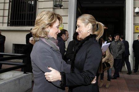 Cristina Cifuentes también quiere enviar a la cárcel a los que convocan algaradas por internet