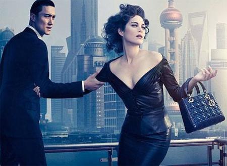 Marion Cotillard en la campaña de Dior como Lady Blue