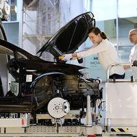 Por 8 mil pesos puedes ver y participar en la construcción de tu Volkswagen eGolf