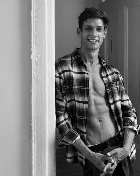 El Otono Mas Desenfadado Y Sexy Que Nunca Gracias A La Campana De Calvin Klein Jeans 07
