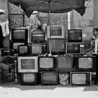 Sancionan a 15 empresas por no informar sobre la compatibilidad con la TV Digital Terrestre de los equipos que comercializan
