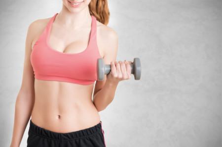 7 ejercicios para tonificar brazos en casa