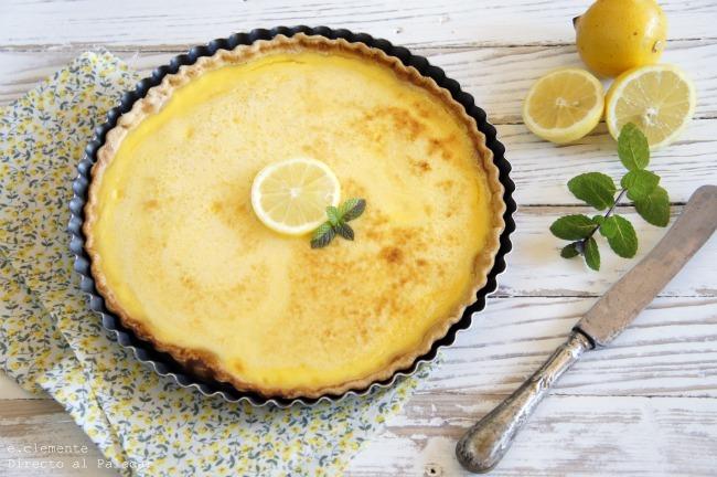 Tarta con crema de limón