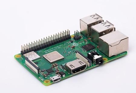 De nuevo la comunidad saca a la luz el potencial de Windows 10 ARM: logran ejecutarlo en una Raspberry Pi 3