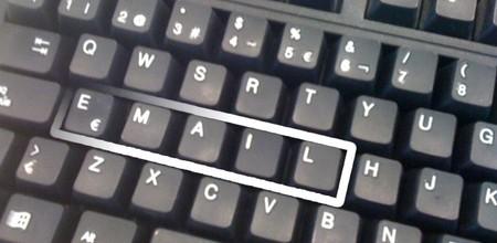 ¿Es el correo electrónico el canal adecuado para las informaciones urgentes?