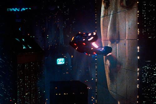 Los coches que nos prometió 'Blade Runner': del Spinner volador al sedán de Deckard y otras maravillas diseñadas por Syd Mead
