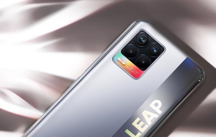 Представлены Realme 8 и Realme 8 Pro c AMOLED-дисплеями и быстрой зарядкой – фото 1