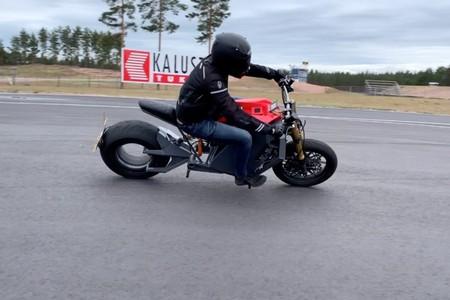 Rmk E2 Moto Electrica 1
