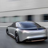 Mercedes-Benz no confía en los combustibles alternativos: su coste energético los hace inviables frente al coche eléctrico