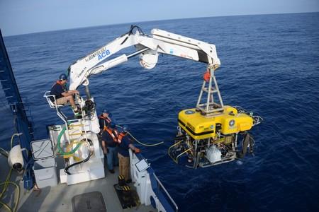 Ev Nautilus Deploying Rov Hercules Ballard 0