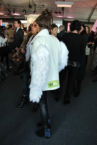 Foto de Streetstyle en los desfiles de la Semana de la Moda de Nueva York: una semana de imágenes (55/82)