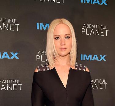 Jennifer Lawrence ¡cuánto tiempo sin verte en una alfombra roja!