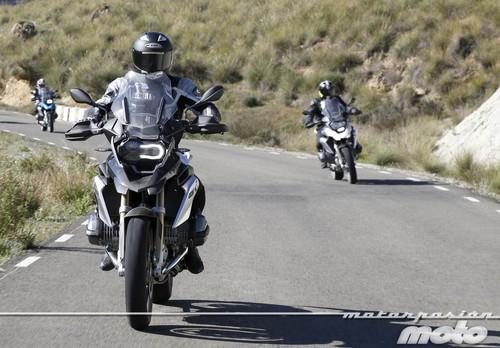 Ya es legal que las motos circulen únicamente con la luz diurna encendida