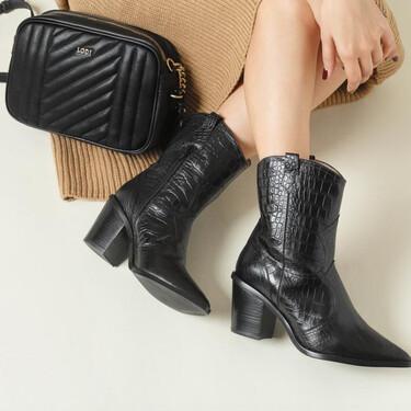 23 botas y botines que no te van a dejar indiferente: modelos bonitos y de tendencia que puedes encontrar en las segundas rebajas