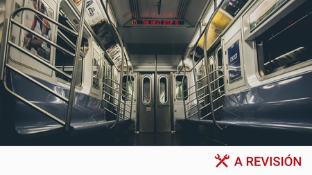 Viajar en transporte público durante la pandemia: todas las medidas para desplazamientos en autobús, tren, taxi o VTC