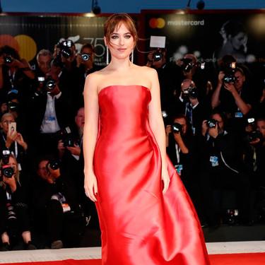 Cate Blanchett y Dakota Johnson protagonistas de la alfombra roja del cuarto día del Festival de Venecia