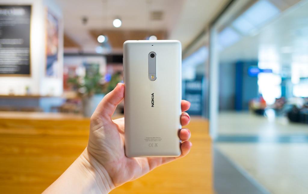 Nokia 5 Trasera